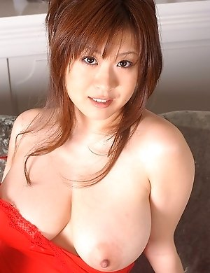 Hot sexy asian and japan nude busty girl photos